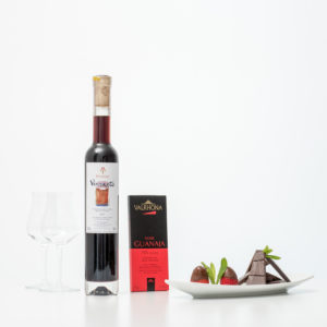 Bottle Of Vinsanto With Miniardise